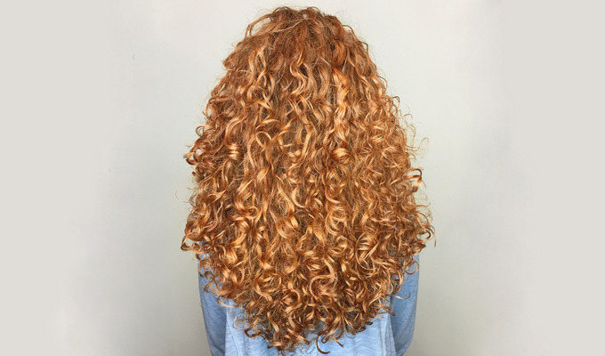 How to Keep Your Curly Hair Healthy